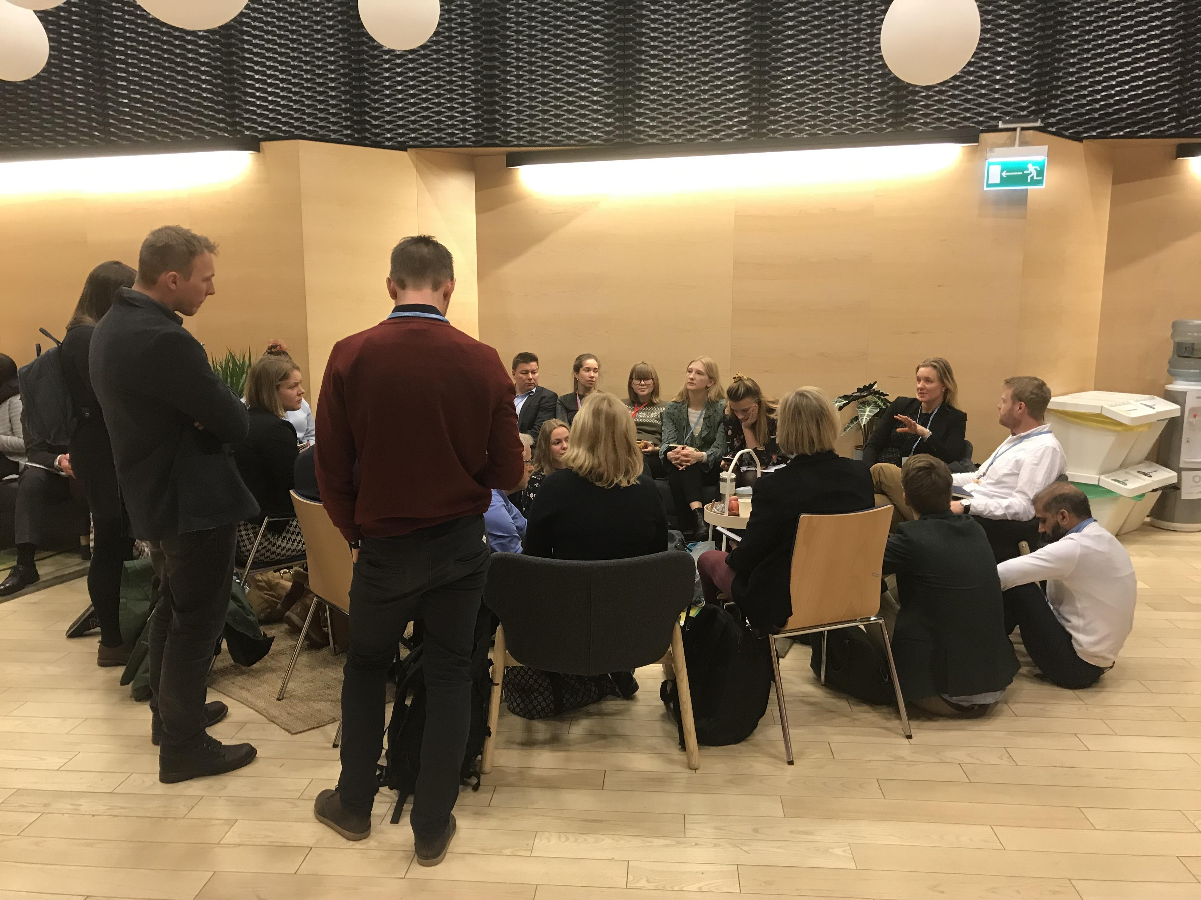 ForUM holdt daglige koordineringsmøter med det norske sivilsamfunnet under klimatoppmøtet i Katowice.